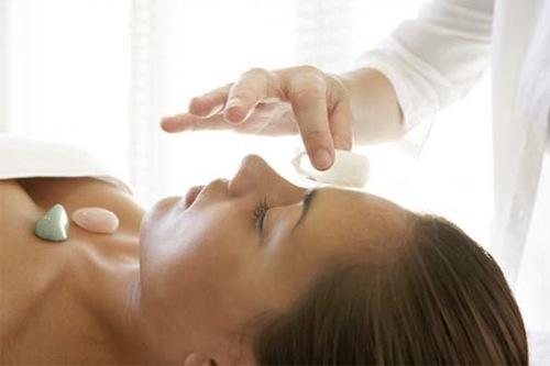 9-Crystal-Healing